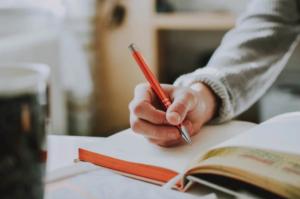 本の内容を記憶に残したければ「書き込み」は必須