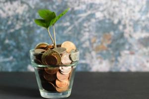 社会人1年目で100万円を貯金すべし、それが必ず未来の自分を助ける