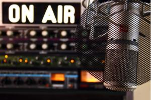 これからは個人がメディアで発信する時代【人生初のラジオ配信をしてみました】